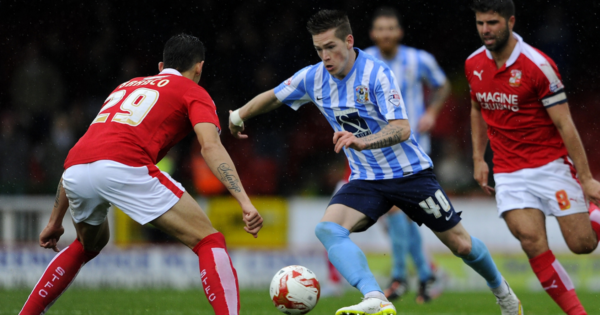 Ryan Kent plays for Coventry against Swindon, 2015